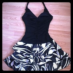 Black & White Halter ruffle cutie pie dress